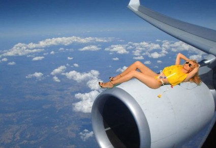 Air Comet Nude Flight Attendants 10